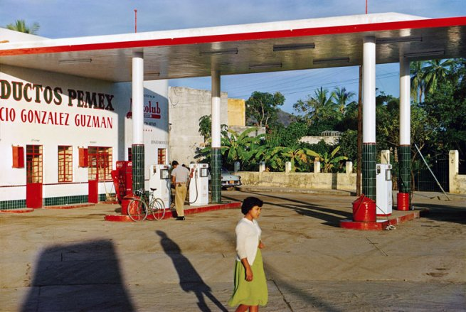 OuterbridgePgas-station-mexico-c1950.jpg